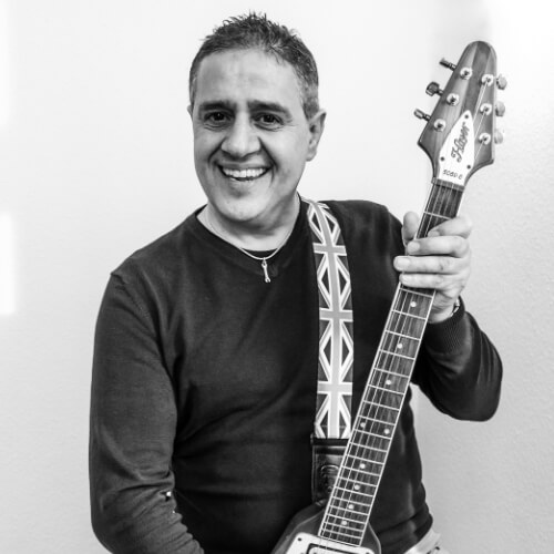 Cunning Stuff Bandfoto: Hakki, Gitarre